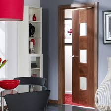 catalonia walnut flush veneer door with linea safety glass and