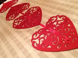 valentine s day table runner diy dollar store valentine table runner valentine heart dollar