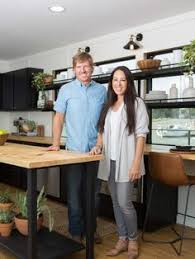 chip gaines net worth chip and joanna gaines net worth tv personality celebrity net