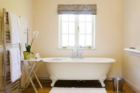 Small Cottage Bathroom Ideas by Simple Small Bathroom Designs U2013 Aneilve Bathroom Decor