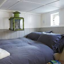 Small Bedroom Decorating Ideas Uk Decorating A Small Bedroom Ideas Home Designs