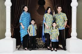 Batik Danar Hadi fashion show heritage with the shop