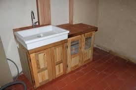 fabriquer sa cuisine en bois charmant meuble de cuisine en palette avec fabriquer une cuisine