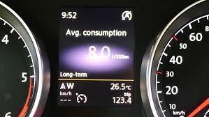 9 trucuri pentru a scădea consumul de carburant cu până la 30