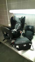 reducteur de siege auto troc echange siège auto 0 4 ans 0 1 cybex sirona reducteur sur