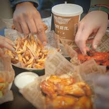 wingstop 10 photos 28 reviews chicken wings 2881 matlock