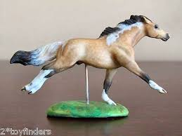 minnie whinnies 31 best mini whinnies images on breyer horses ponies