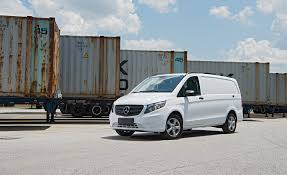 mercedes minivan 2016 mercedes benz metris van pictures photo gallery car and