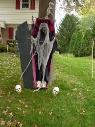 Halloween Skeleton Decoration Ideas Halloween Outside Decorations Ideas Halloween Patio Decorating