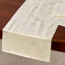 lenox shimmer table runner and linens