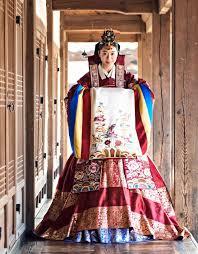 wedding dress traditions best 25 hanbok wedding ideas on korean traditional