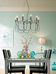 Chandelier Over Table Tips For Buying Chandeliers Lamps Plus