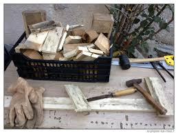 construction d une serre de jardin en bois conseils pour déclouer facilement les planches des palettes se
