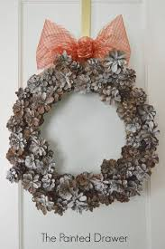 a pinecone wreath plus hometalk holiday crafts suzanne bagheri