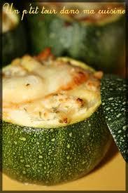 cuisiner des courgettes rondes p tites courgettes rondes farcies aux 2 fromages et aux pignons