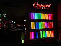 Neon Signs For Bedroom Neon Signs Move Into A New Generation Of Cool Restaurants