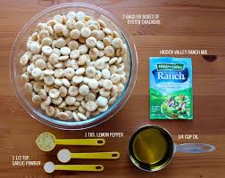 1000 ideas about ranch oyster crackers na pintereście chex mix