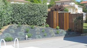 spa d exterieur bois aménagement autour d u0027une piscine ou d u0027un spa paysage contemporain