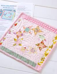 quilt pattern round and round round round mini quilt messy jesse round round mini quilts