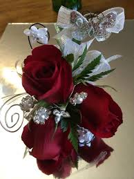 where can i buy a corsage and boutonniere for prom 36 best homecoming corsages and boutonnieres images on