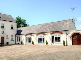 the coach house country living private garden and great location