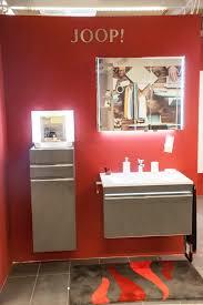Wohnzimmertisch Xxlutz Badezimmer Joop Latest Joop Badezimmer Spiegel Ein Waschtisch Und