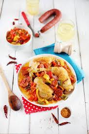 cuisine poulet basquaise poulet basquaise au piment d espelette et chorizo chefnini
