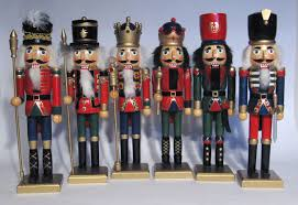 christmas nutcrackers on the christmas nutcracker the lone girl in a crowd