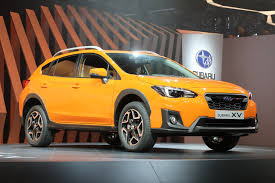 crosstrek subaru orange refreshing or revolting 2018 subaru crosstrek motor trend