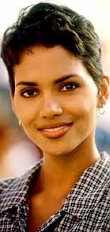 holly berry hairstyles in 1980 halle berry my mother was a battered woman halle berry halle