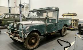 old land rover models jaguar land rover classic works simply incredible carwitter
