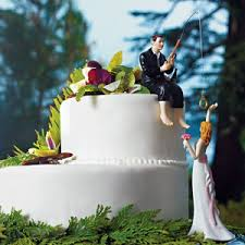 fishing wedding cake toppers hooked on fishing groom wedding cake topper