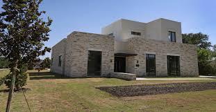 ut grad creates u0027texas modern u0027 house design that doesn u0027t need
