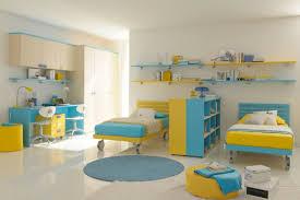 chambre bleu enfant fair chambre bleu turquoise et jaune vue salle de lavage fresh in