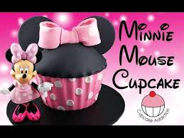 minnie mouse cake giant minnie mouse cupcake
