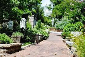 historic oakland cemetery a victorian garden in atlanta