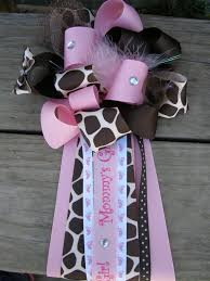 baby shower mums giraffe baby shower mumgirl baby showergiraffe corsage by bonbow