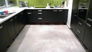 cuisine en béton ciré beton cire pour credence cuisine carrelage cuisine magazine back