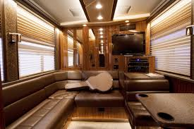 Inside Celebrity Homes Country Crooner Tour Buses Pinterest Rv And Motorhome