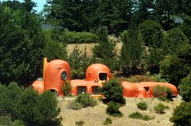 Hobbit Homes For Sale by The Flintstone House You U0027ve Seen From 280 Is Up For Sale Upout