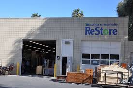 Habitat For Humanitys ReStore Reinvogorates Your Home Décor At A - Habitat home decor