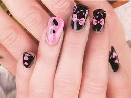 robin moses nail art valentines day nail art red heart nails 50