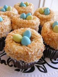 Easter Decorated Cupcakes by The Complete Guide To Imperfect Homemaking Two Super Easy Super