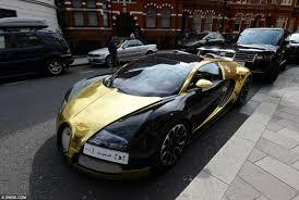 gold lamborghini aventador car crashes lamborghini lamborghini gallardo gold lamborghini