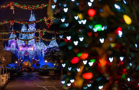 When Do Christmas Decorations Go Up At Disneyland Best U0026 Worst Months To Visit Disneyland Disney Tourist Blog