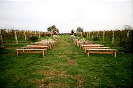 Outside Weddings Creative Seating For Outdoor Weddings Paperblog