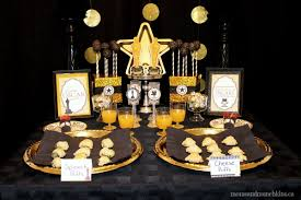 oscar party ideas with a theme munchkins