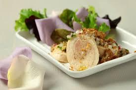 cuisine filet de poulet filet de poulet farci au foie gras et crumble au parmesan grazia