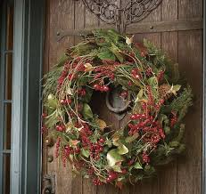 hanging a wreath without damaging your door utr déco