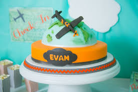 this birthday boy u0027s airplane party soars to new heights evite